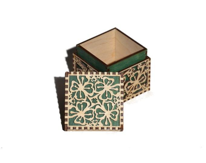 Small Shamrock Cube