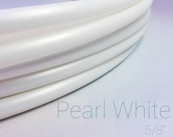 "Metallic Pearl White Polypro Hula Hoop--5/8"""