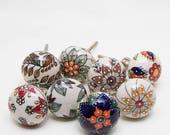 Set of 8 Big Beauty Ceramic Knobs