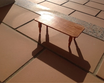 Table in wood