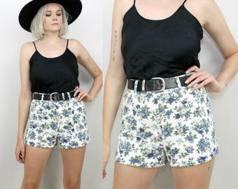 90s High Waisted Jean Shorts, White Floral Print, Size 28 Waist, Size Medium Small, Blue Roses, A Byer, Grunge, White Denim