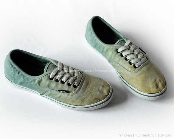 Vans Authentic Lo Pro skate shoes, green tie dye sneakers, dip dye upcycled vintage shoes, ombré plimsolls, 36,5 (UK 4, us wo 6.5, us men 5)