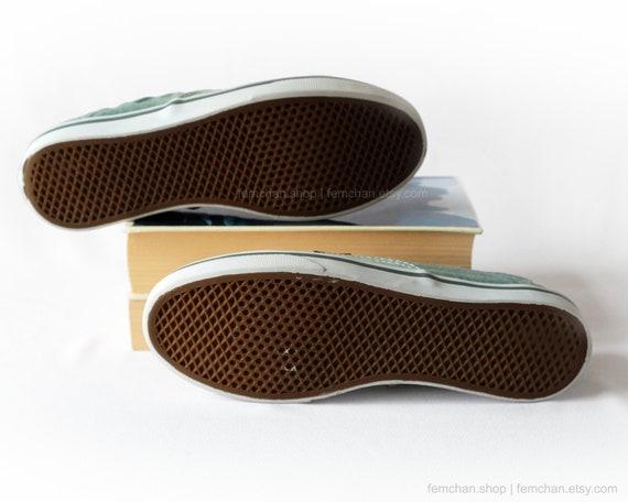 Vans schoenen, Vans Authentic Lo Pro sneakers, vintage skate shoes getransformeerd met een ombré dip dye, lage baskets, groen, geel, mt 36,5
