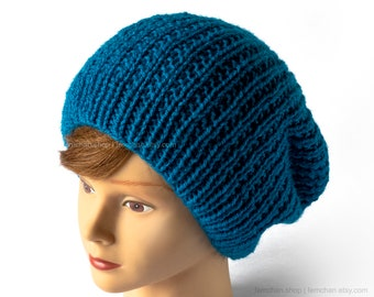 Slouchy beanie in vivid turquoise - Seamless knit beanie hat - Reversible blue cap - Soft vegan fisherman beanie - Cosy blue tuque