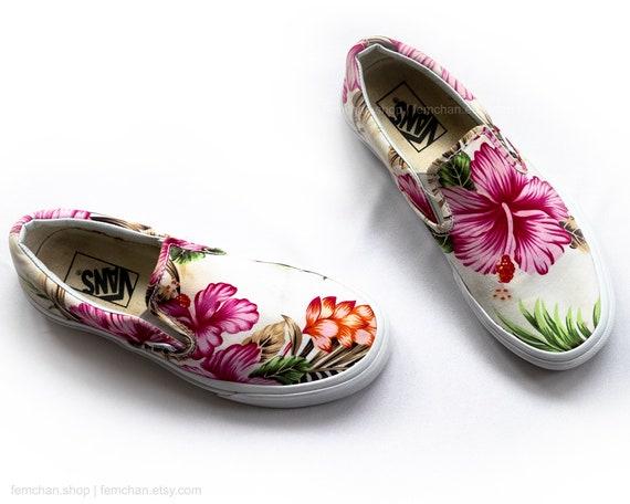 Vans slip on sneakers, Hawaiian floral print skate shoes, vintage slip ons with flower print, size EU 38 (UK 5, women us 7.5, men us 6)