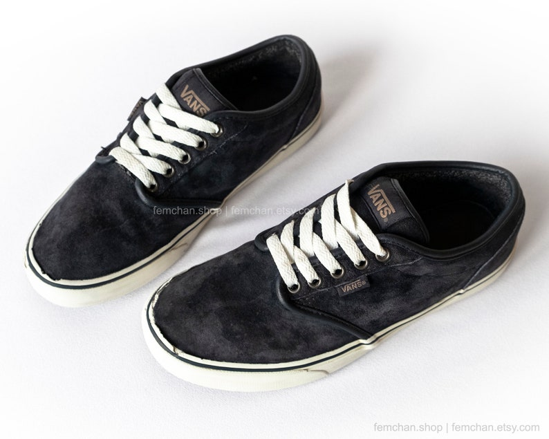 4484b744ae9 Vans Atwood suede skate shoes midnight blue vintage sneakers