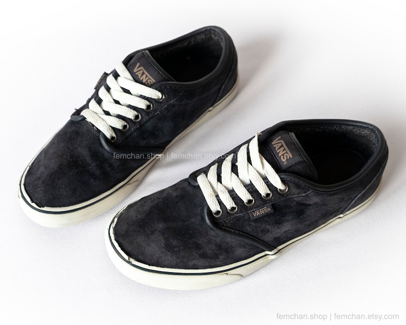 9782415de0 Vans Atwood suede skate shoes midnight blue vintage sneakers