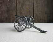 Vintage Lead Canon, Miniature Accessory for Lead Soldiers, Ammo,Lead Soldier Accessories,Vintage Metal Toys,Lead Canons,Soldiers,Silver,Lead