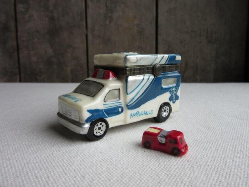 De D'urgence Avec PompierBibelotCadeau Émail Ambulance En Petit Boîte Vintage Camion ParamédicVéhicule Bibelot Y6ybI7vfmg