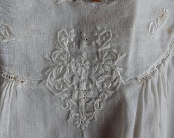 Antique Baby Gown, White, Ecru, Bisque, Applique, Flowers, Simple, Vintage Childrens Clothing, Infant, Baby, Cotton Shift, Slip, Nightie