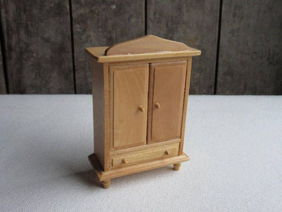 Terrific Vintage Dollhouse Armoire Wardrobe Wood Doll House Bedroom Furniture Cabinet Closet Natural Wood Contemporary Miniature Bedroom Wardrobe Beutiful Home Inspiration Ommitmahrainfo