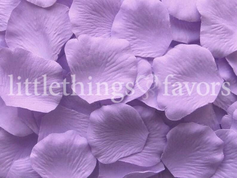 Fake Rose Petals flower girl petals toss wedding petals DIY rose petal aisle runner Purple Silk Rose Petals Lavender Rose Petals