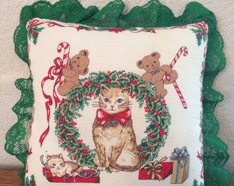 "Beautiful Handmade Green Lace Trim Christmas Cat & Teddy Bear Pillow 9x9"""