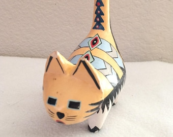 Vintage Wood Hand Painted Cat Folk Art Collectible
