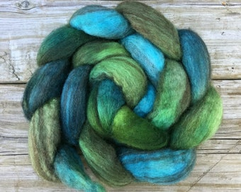 Mixed Bluefaced Leicester Wool hand dyed for spinning or felting - DANA POINT turquoise green blue teal grass evergreen