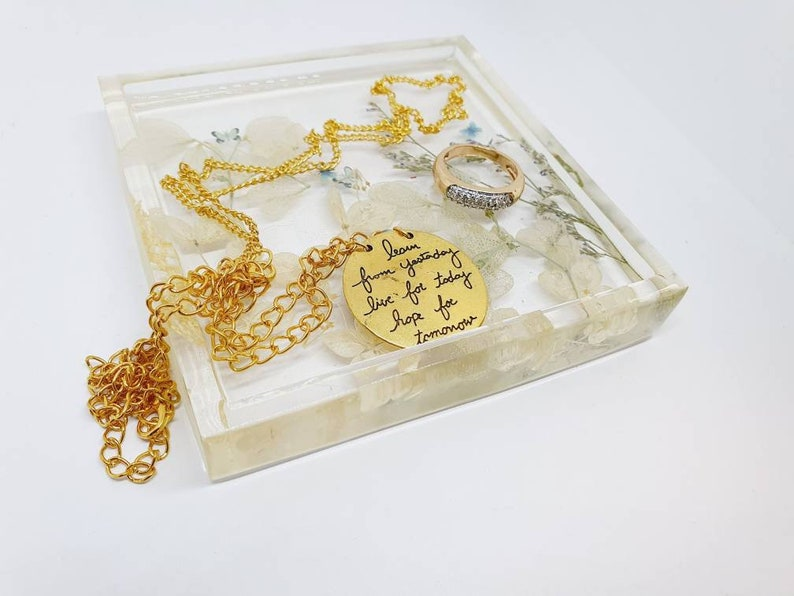 real Dried and pressed Botanicals. Handmade Jewellery Tray made with Epoxy resin