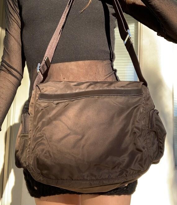 90's Prada Nylon Tessuto Crossbody Messenger Bag - image 3