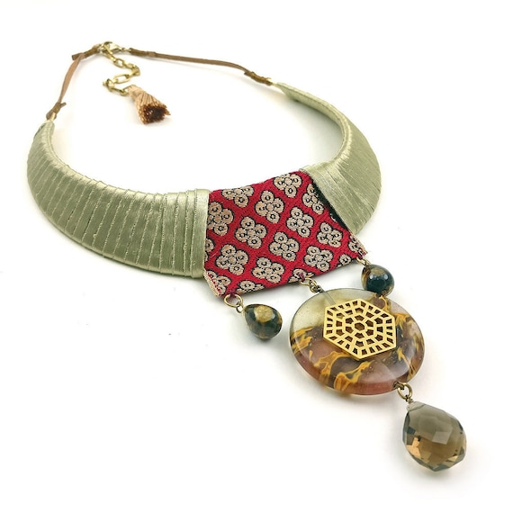 Ethnic Choker Bib Collar Tassel Pendant Statement Necklace Boho Tribal Jewelry