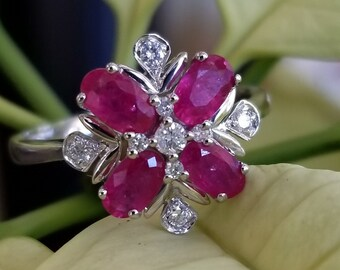 18 K white gold diamond and ruby cluster ring