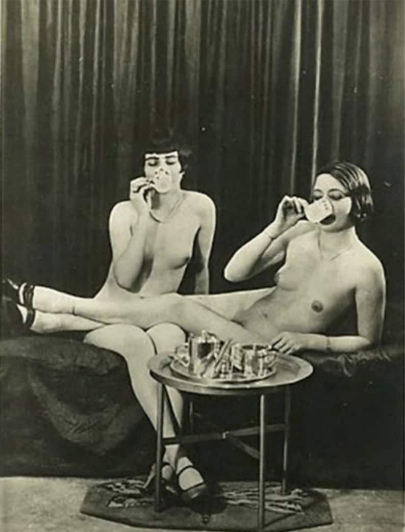 Vintage lesbisk nudesunge pusy pic