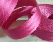 Car belt pink 25 mm...
