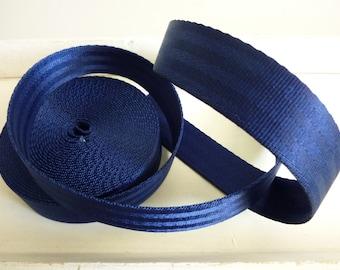 Seat belt dark blue 25 mm - 2.25 EUR / lfm