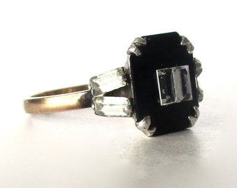 Deco Onyx & Paste Baguette Small  Stone Ring