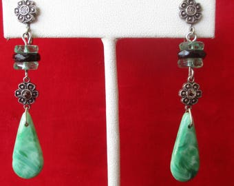 Pair of Antique Peking Glass Screw-Back Earrings With Marcasite & French Jet Details