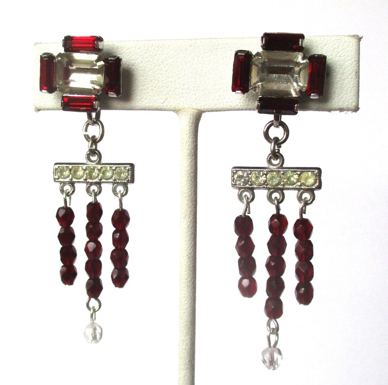 Pair of Vintage Red /& Clear Crystal Deco Screw Back Earrings from the 1930/'s