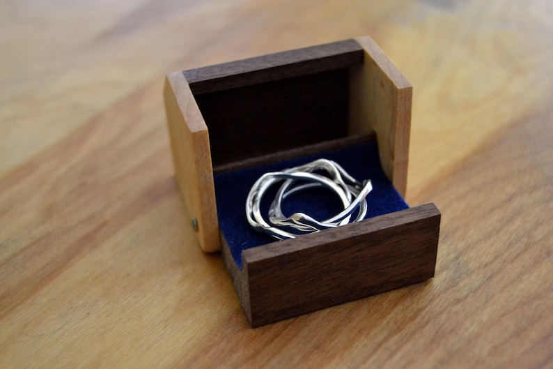 Ring Presentation box in Birds-eye Maple and Walnut image 0