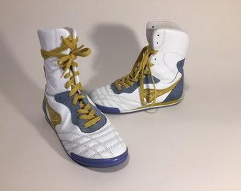 hot sale online 4d773 62bd6 KangaROOS Womens High Top Sneaker - size US 8.5, UK 6 - VINTAGE