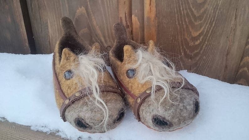 Felt slippers yellowish horses-woolen slippers-warm  da74e262c2d6