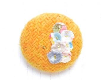 Harris Tweed Button Brooch, Harris Tweed Brooch, Brooch Pin, Tweed Pin, Button Brooch Badge, Mustard Yellow, Harris Tweed, Upcycled Fabrics