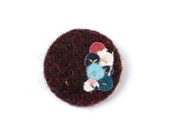 Burgundy Harris Tweed Button Brooch, Button Brooch, Fabric Covered Button, Harris Tweed Button, Harris Tweed