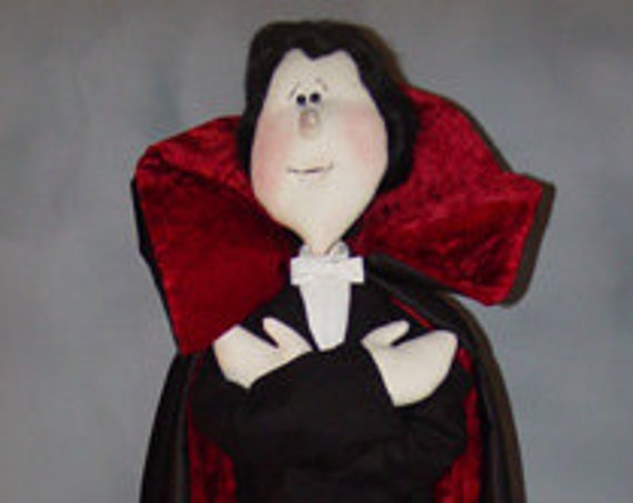 """Pattern: The Count - 39"""" Halloween Dracula"""