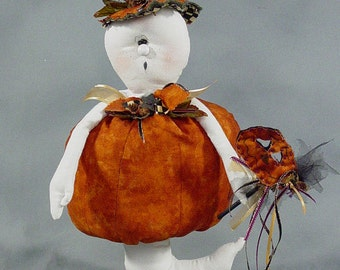 "Pattern: Lawrence - 13"" Ghost Dressed as a Pumpkin"