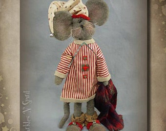 "Doll KIT: Cornelius - 19"" Mouse - Christmas"