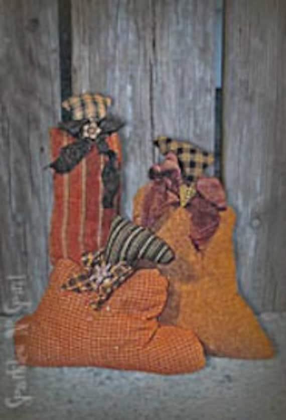 """Pattern: Pile O Pumpkins 5""""- 8"""" Pumpkins"""