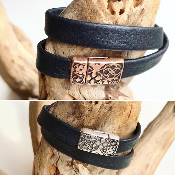 Wrap around black reindeer leather bracelet with an intricate magnetic clasp.