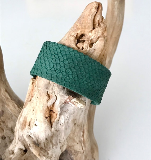 Forest green salmon leather wide cuff bracelet with magnetic clasp.