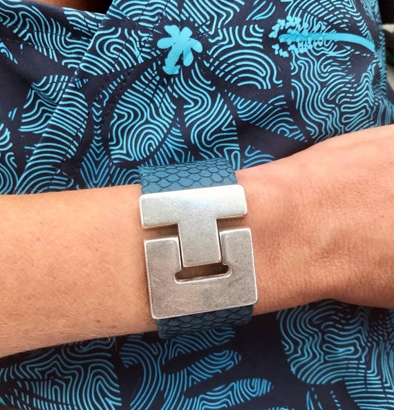Blue salmon leather wide cuff bracelet with magnetic clasp.