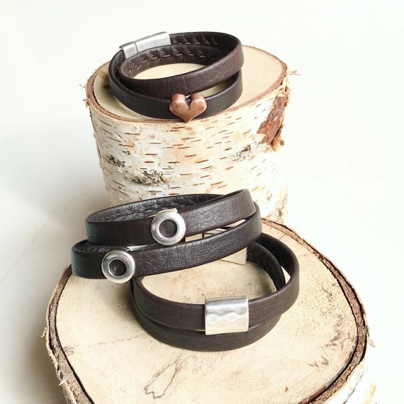 Brown wrap around reindeer leather bracelets with a magnetic clasps.