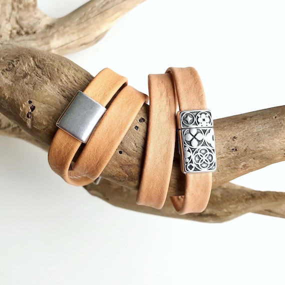 Wrap around natural reindeer leather bracelets with a magnetic clasps.