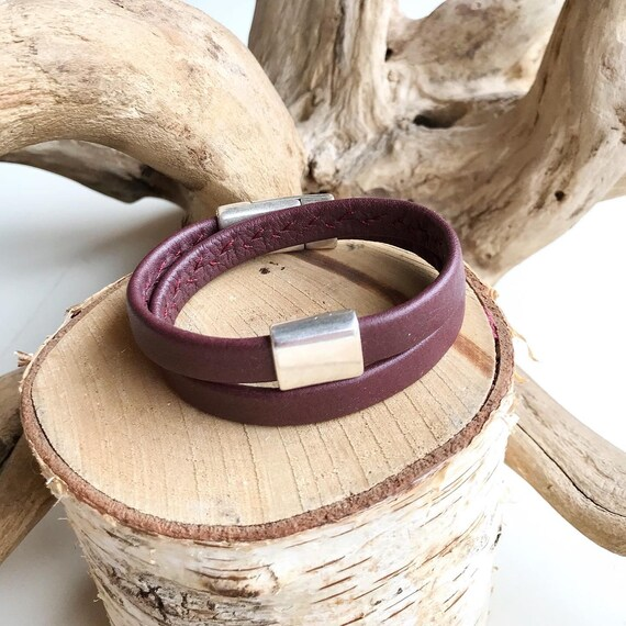 Maroon wrap around reindeer leather bracelets with a magnetic clasps.