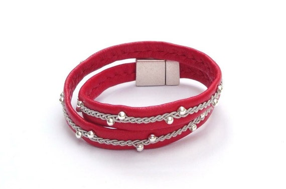 Double Sami reindeer leather wrap bracelets; Willow design.