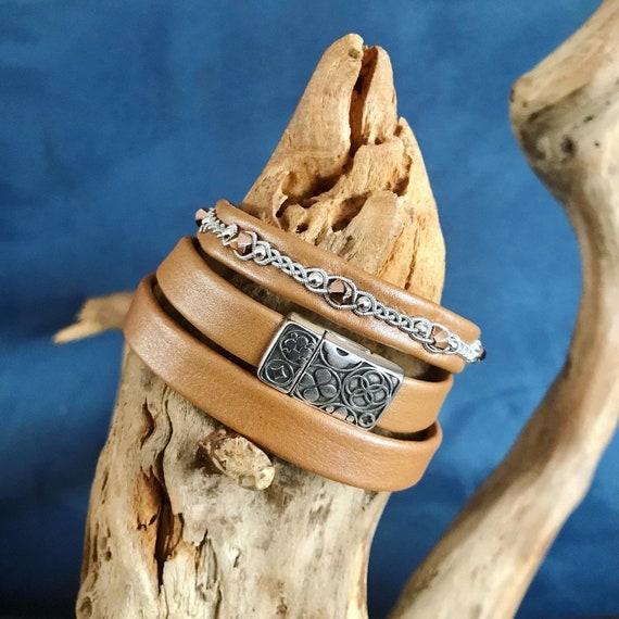 Caramel shimmer reindeer leather accessories.