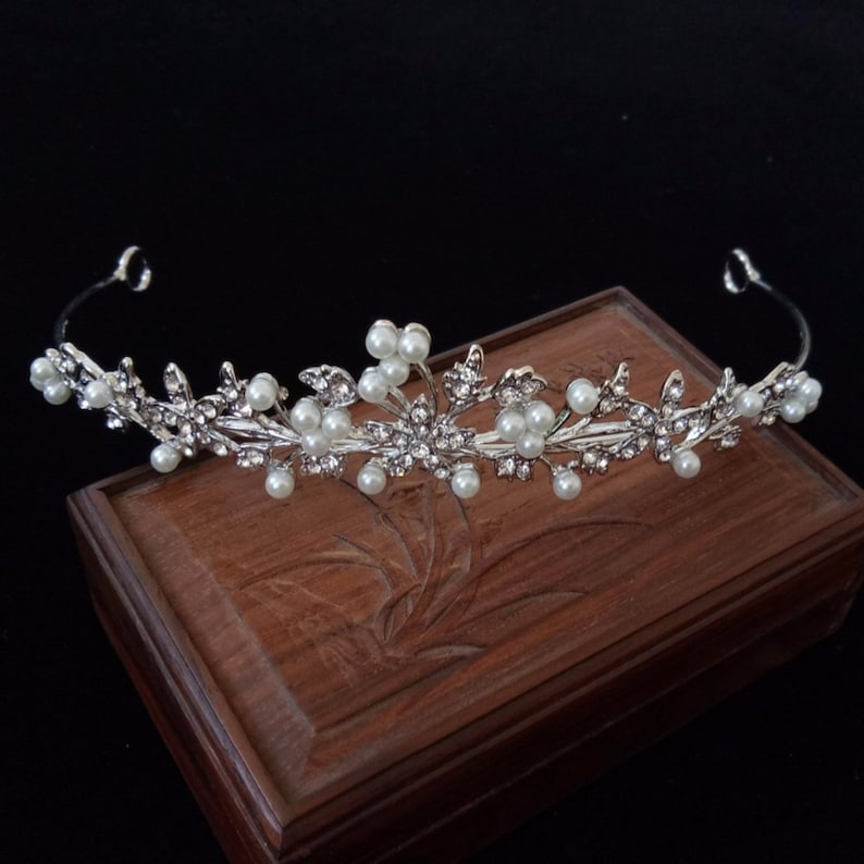 Clear Crystal Rhinestone Pearl Branch Silver tone Tiara image 0
