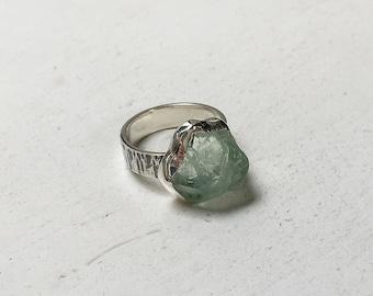 Fluorite ring Raw Fluorite ring Silver ring Crystal ring Gemstone ring Raw crystal ring Sterling Silver ring Boho jewelry Bohemian jewelry