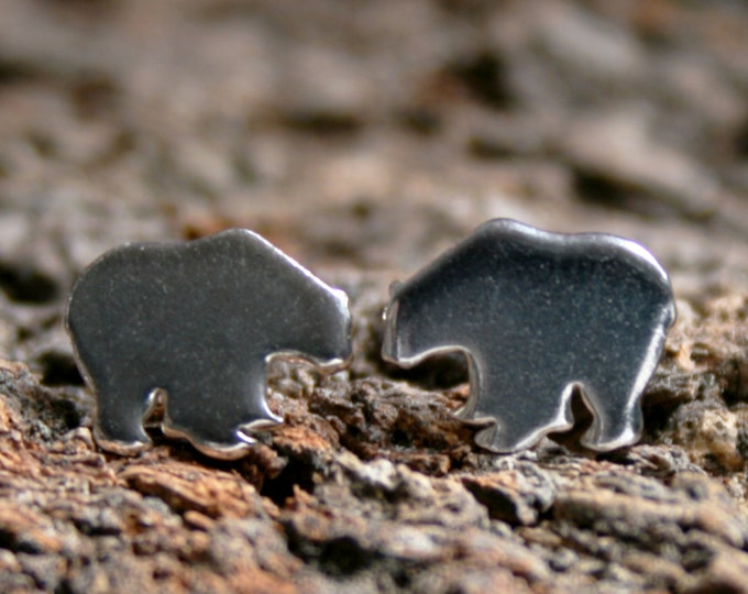Polar Bear. Sterling Silver stud earrings. 'Oceans and Ice' collection. Exclusive design. Ear studs. Eco-friendly. Arctic bear.