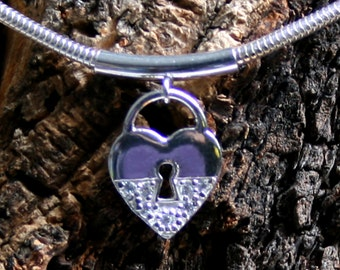 Discrete Unisex Slave Bracelet. CZ Diamante padlock BDSM bracelet. Sterling silver.
